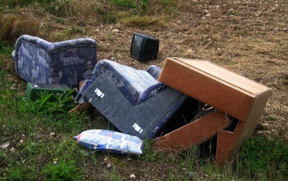 Atbrīvosimies no lielgabarīta atkritumiem!